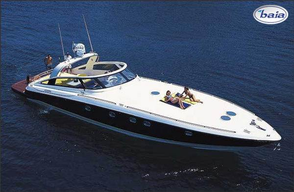 Brokerage : motor yachts : AZZURRA BAIA 63'